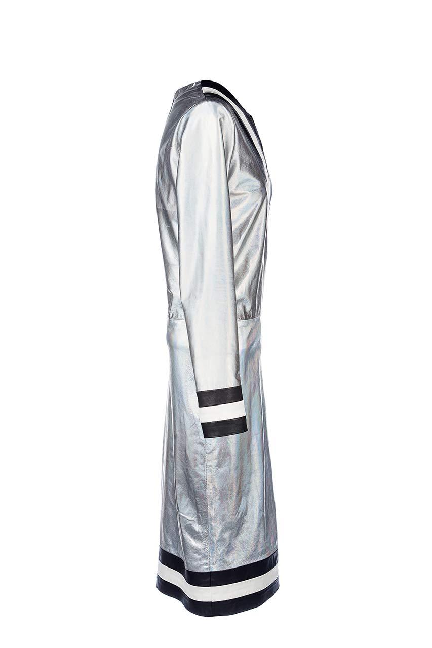 Vestido de cuero manga larga